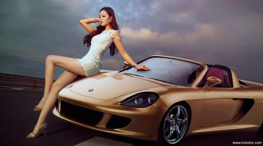 最漂亮的性感车模系列,回归车展本色01.jpg