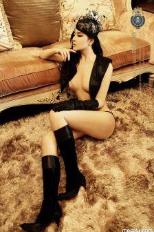 野性美女半裸诱惑写真