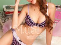 林筱诺纯美酥胸美腿内衣写真