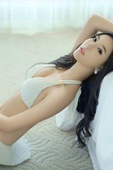 赵雨菲:美腿女神酥胸翘臀