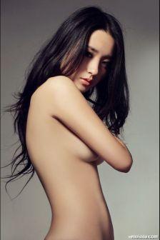 裸色诱惑刘静怡半裸写真