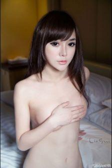 韩子萱全裸玉体含羞挑逗