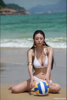 超模艾尚真:性感比基尼水戏沙滩