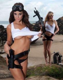 兽血沸腾,女兵邀你一起野战