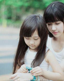 小仙女姐姐与小葡萄萝莉,非常的清纯可爱!