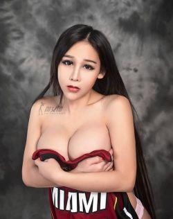 """性感尤物御女郎小萱之""""我要抱抱"""""""