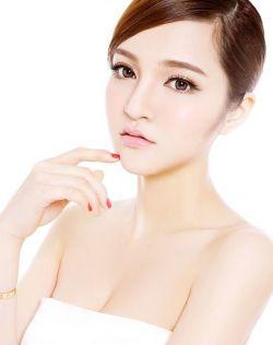 漫画美女般的色彩,美美的kiko
