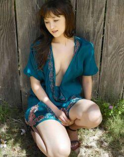 日本美少女小松彩夏写真