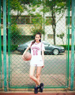 喜欢打篮球的清纯少女,飞翔吧晴子