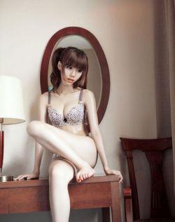 《百里挑一》叶梓萱豹纹浴室完美如同充气娃娃